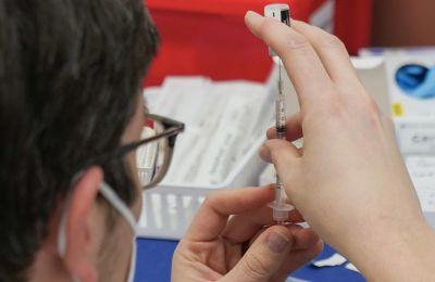 Πύλη Εμβολιασμού: Σε τέσσερα λεπτά έκλεισαν όλα τα ραντεβού με Pfizer