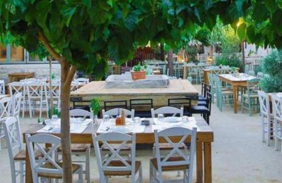 9 όμορφα ταβερνάκια με αυλή στη Λεμεσό