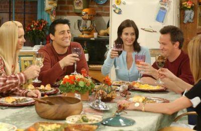 Η πρώτη φωτογραφία από τα γυρίσματα του reunion των ''Friends'' είναι γεγονός
