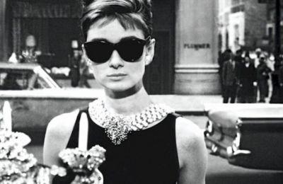 Μια σειρά για την Audrey Hepburn
