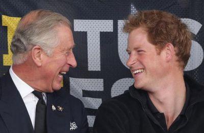 Κάρολος-Harry: Ήρθε η ώρα να κάνουν μια σοβαρή συζήτηση