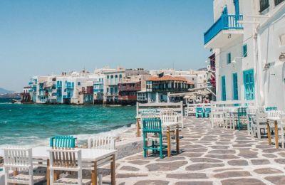 H Telegraph προτείνει 15 ελληνικά νησιά για ό,τι κι αν ψάχνεις φέτος το καλοκαίρι