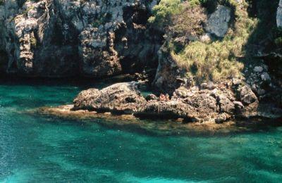 Η Κύπρος στη λίστα του Forbes με τις χώρες έτοιμες για τουρίστες