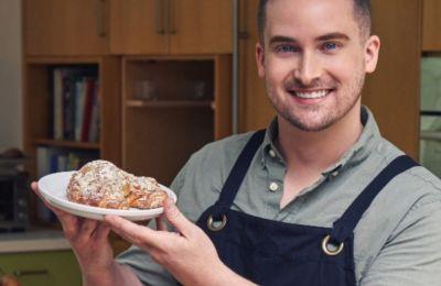 Αυτός ο YouTuber μαγειρεύει... αρχαιοελληνικές συνταγές!