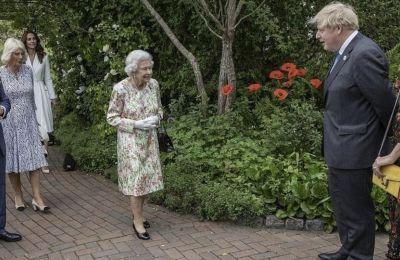 G7: Οι πιο εντυπωσιακές εμφανίσεις στη δεξίωση της βασίλισσας Ελισάβετ