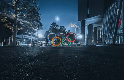 Οι απρόσμενοι εκφωνητές των Ολυμπιακών Αγώνων
