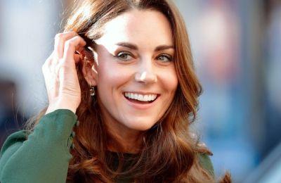Η φωτογραφία που ''προδίδει'' τις πλαστικές της Kate Middleton