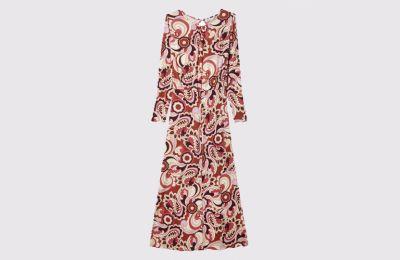 Μακρύ ρετρό φόρεμα €29.99 από Stradivarius