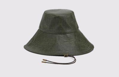 Sandblasted bucket καπέλο €175 από Max Mara