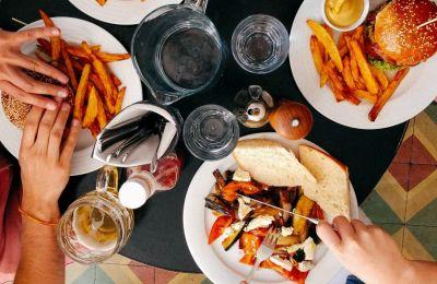 Το αγαπημένο burger bar της Λεμεσού απέκτησε αδερφάκι
