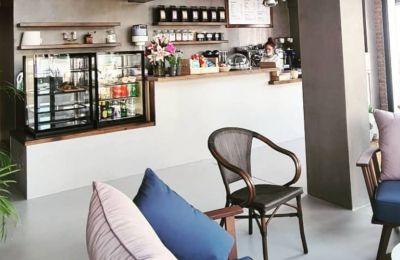 Ο αγαπημένος σπαστός καφές άνοιξε καφετέρια